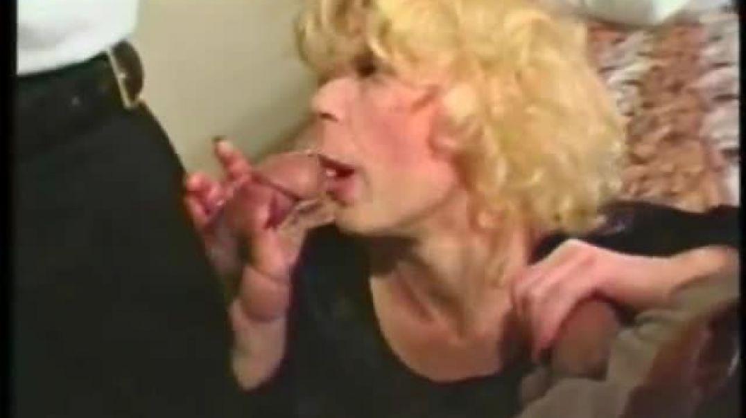 Horny mature slut-mmf